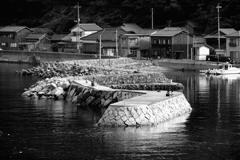 沖家室島の防波堤