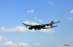「良い空~」DELTA 747-400 N674USジャンボ保存委員会