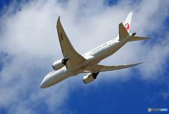 「良い空~」JAL 787-8 JA840J離陸