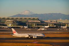 羽田空港 富士山 B787 JAL