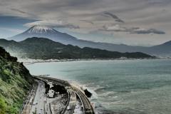 さった峠で雨上がりの富士山