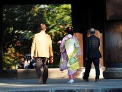 世界と呼ぶにはあまりにも想像すら遠い向こう側・・(京都へ行こう!)