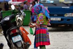 ベトナム北部の少数民族・カラフルな民族衣装