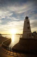 夕刻の堺灯台