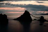 夫婦岩、日の出前