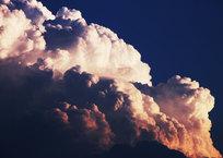龍の住む雲