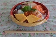 潮彩市場の海鮮丼