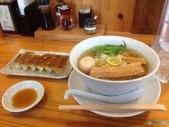 寒い日の昼食は暖かい麺類が一番②