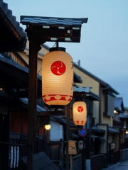 京都 早朝の祇園 II