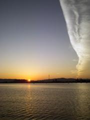 朝焼と竜巻雲?