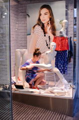 shop window 2