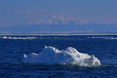 斜里岳と流氷と、、、