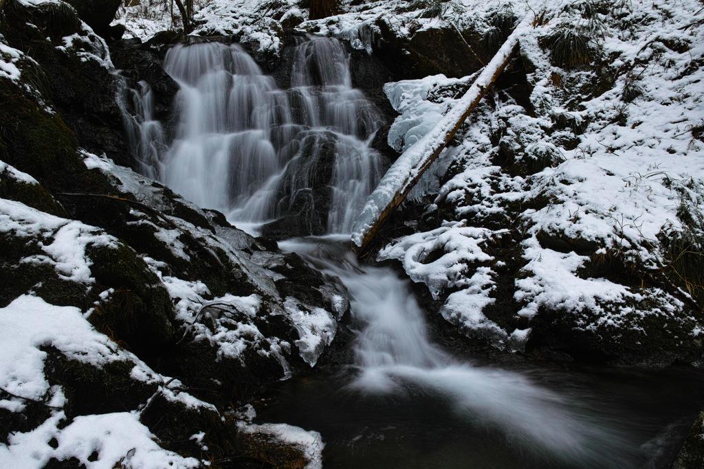 生田の隠滝