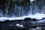 厳冬の渓 2