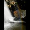 斜陽に輝く虹染岩 ~虹の境~