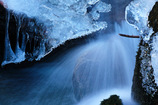 凍てつく渓 3