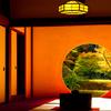 朝の円窓 I