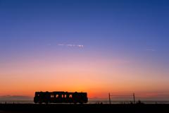 夕焼けの車窓