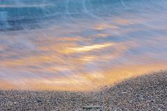 朝焼けの渚