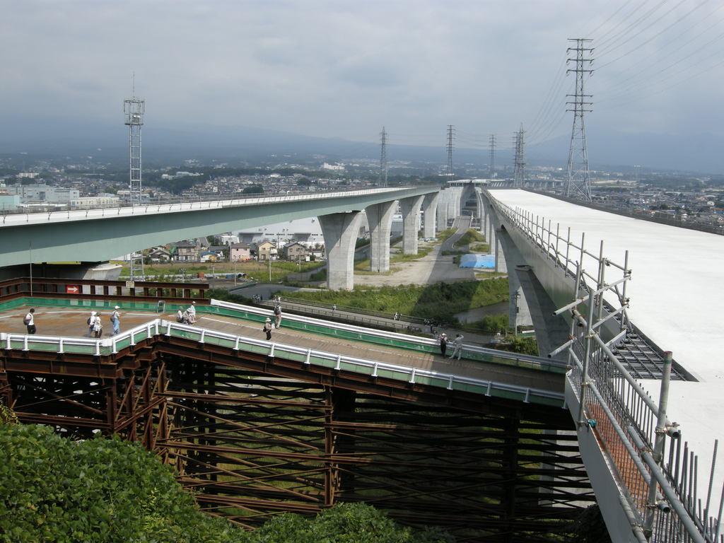 新東名富士
