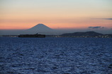 浦賀水道と紅富士
