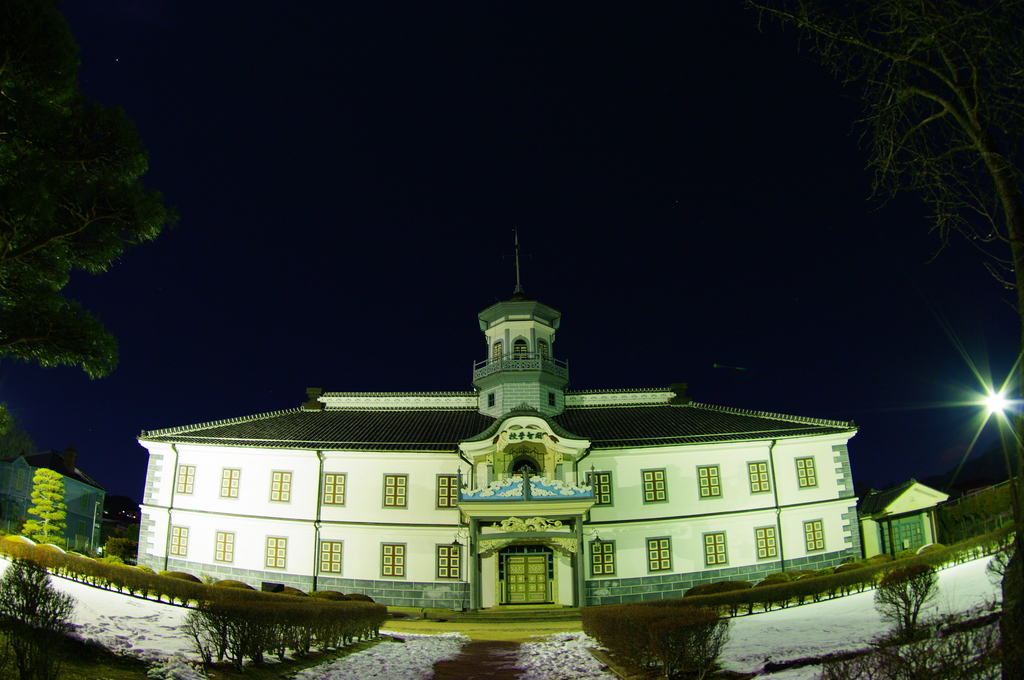 月夜の開智学校