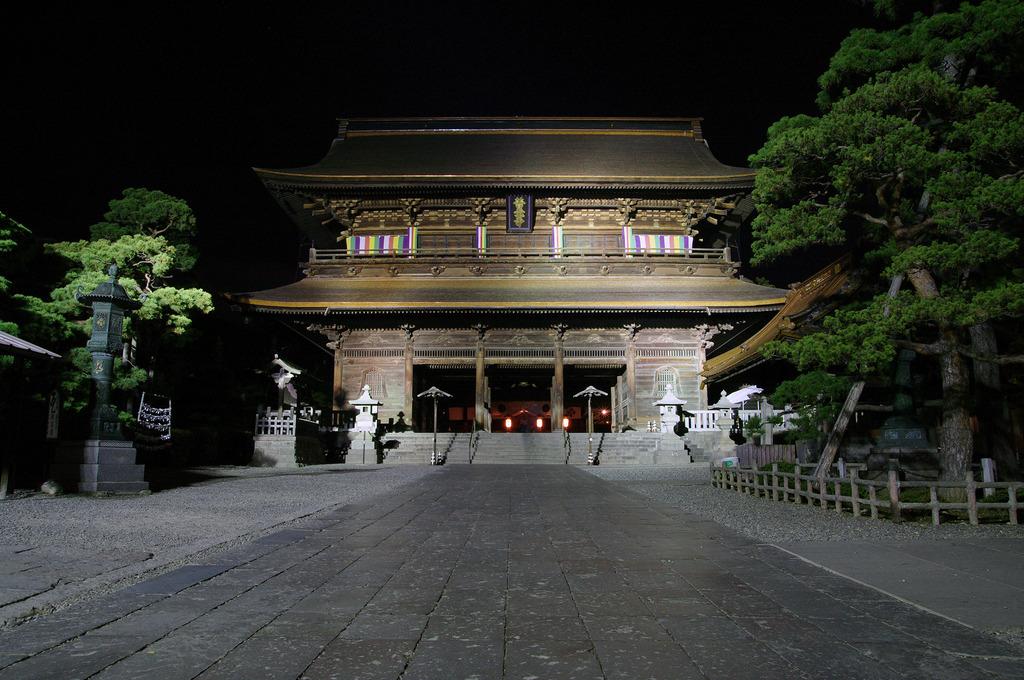 重文 山門