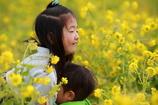 姉と弟 in 菜の花畑