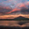 朝焼けの山中湖