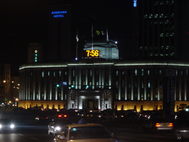 ★韓国 市庁駅20030310