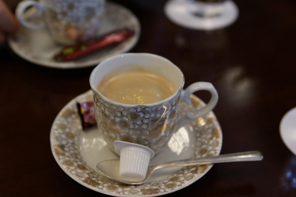 金箔カフェ