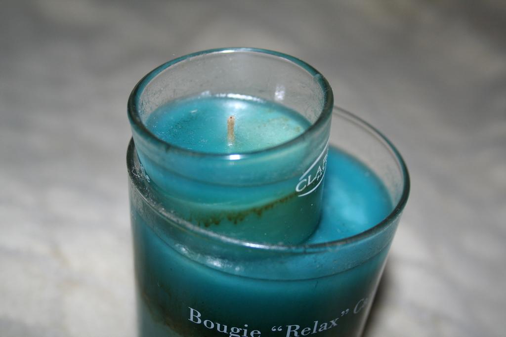 青いキャンドル