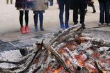 火に集まる
