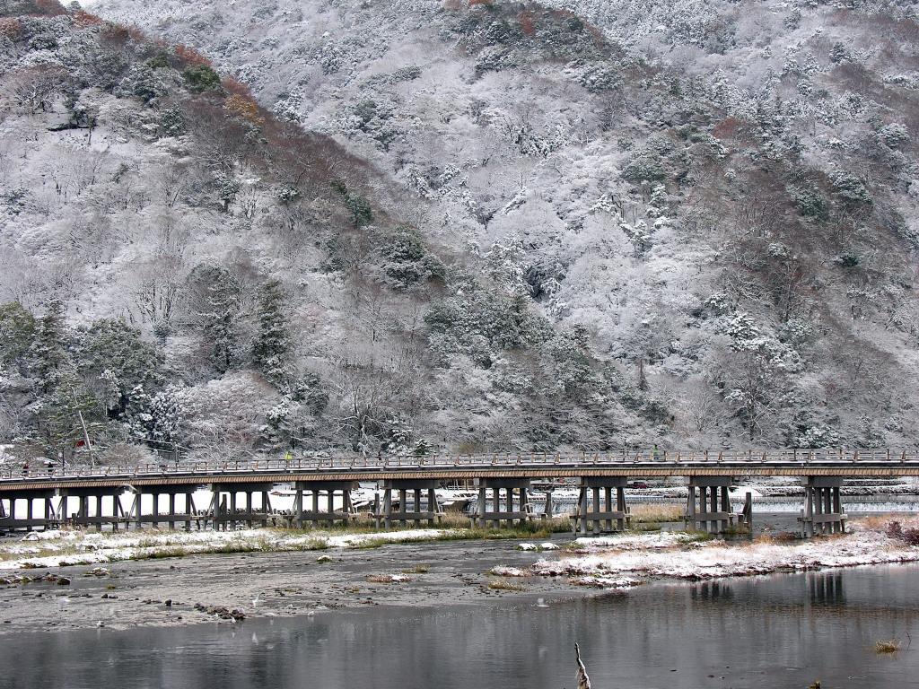 渡月橋 冬