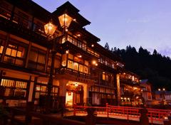 Ginzan twilight...