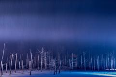 青い池 Line of light