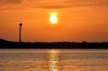 夕陽に染まる最上川