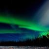 極光と北斗七星の競演 3つの光源が彩りを添える。