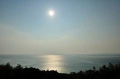 「夏の太陽」