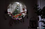 丸窓のハロウィン飾り