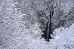 ツムジクラの滝