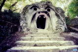 ボマルツォの怪物公園 400年の眠りから覚めて・・