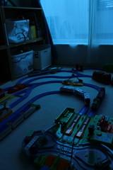 夜明け前の子供部屋