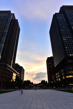 東京駅の反対側
