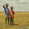 マサイの村の兄弟