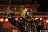 仮面の男現る孔子廟熱演