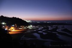 黄昏し新舞子浜