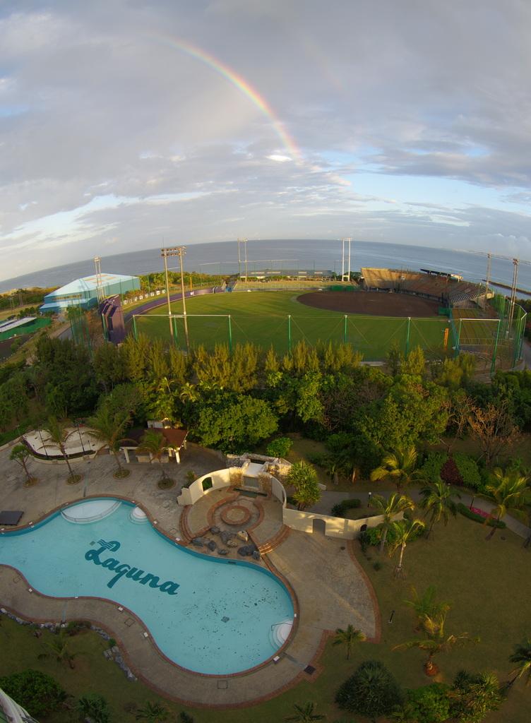沖縄Lagunaの虹