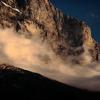 夕方アイガーと雲