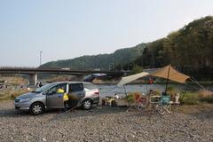 八菅橋上流でデイキャンプ